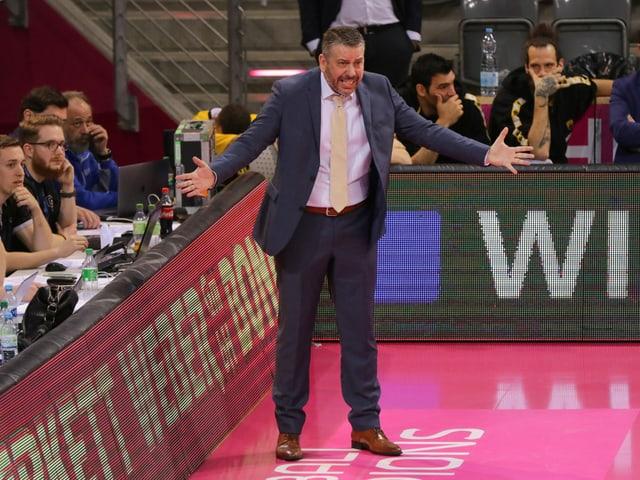 Ilias Papatheodorou.