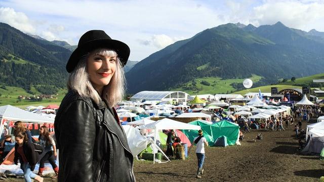 Tina Nägeli im wunderschönen Val Lumnezia.