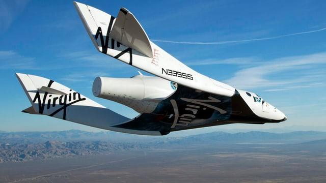 «SpaceShipTwo», hier bei einem Testflug 2010, sollte ab 2015 Weltraum-Touristen befördern.