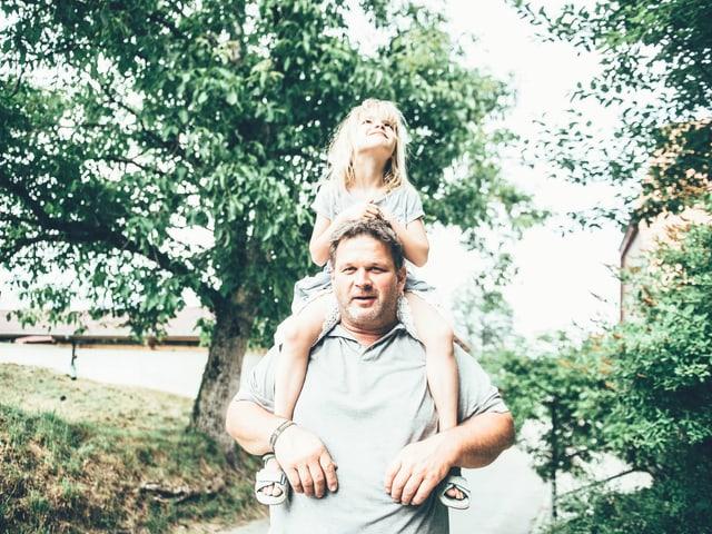 Kind mit Mann