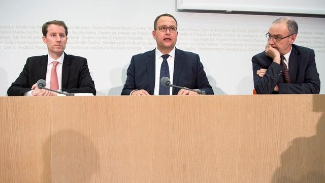 SVP-Bundesratskandidaten Thomas Aeschi, Norman Gobbi und Guy Parmelin.
