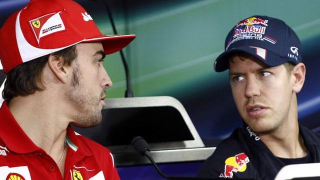 Fernando Alonso (links) und Sebastian Vettel.