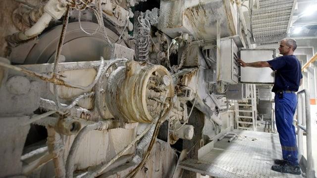 Riesige Papiermaschine