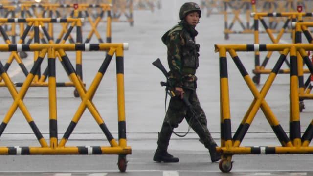 Ein südkoreanischer Soldat an der Grenze zum Norden.