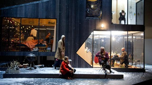 Drei Schwestern, Stück im Theater Base.