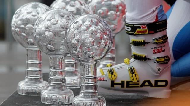 Wer sichert sich in St. Moritz noch eine kleine Kristallkugel?