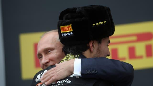 Auch Russlands Präsident Wladimir Putin freute sich mit Sergio Perez.