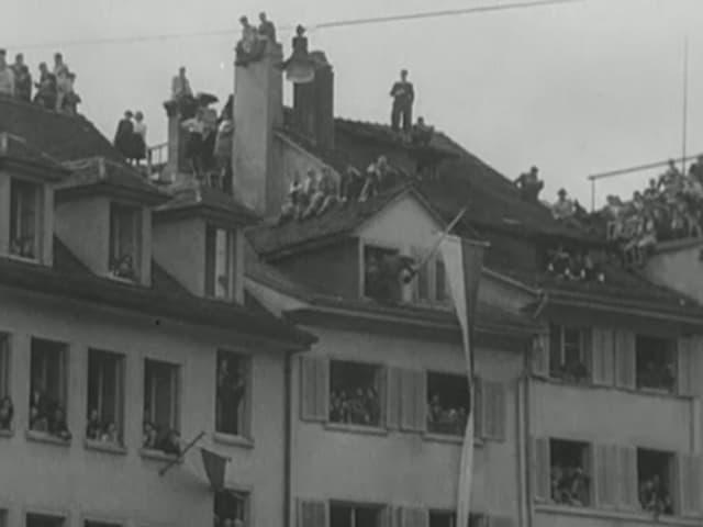 Menschen auf Dächern