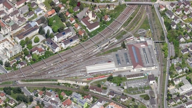 Bahnwerkstätte Biel aus der Luft.