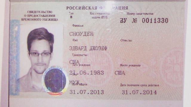 Foto von Snowdens russischem Pass.