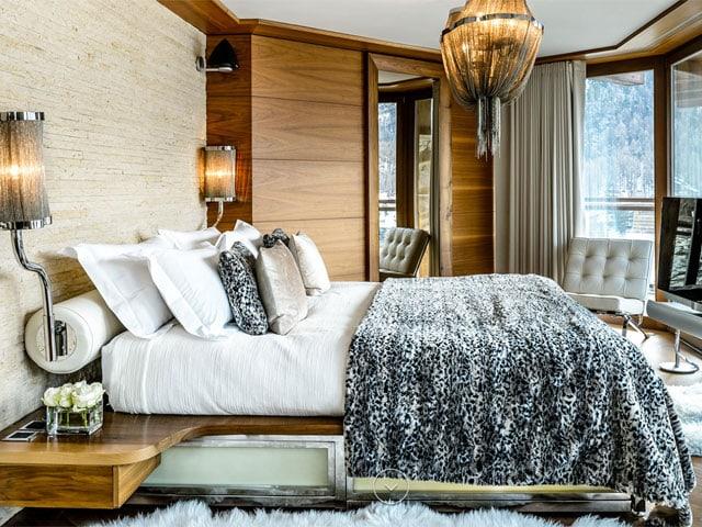 Modern eingerichtetres Schlafzimmer.