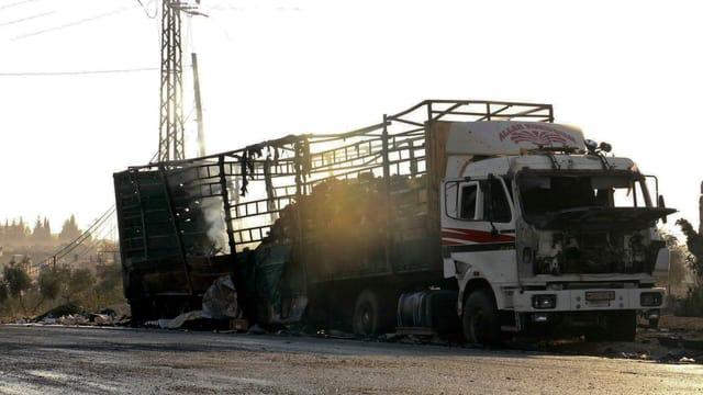Ausgebrannter Lastwagen.