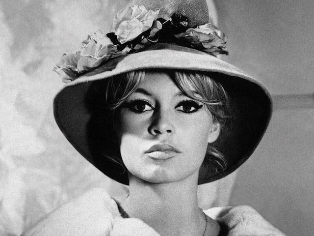 Schwarz-Weiss Aufnahme von 1961 von Brigitte Bardot.