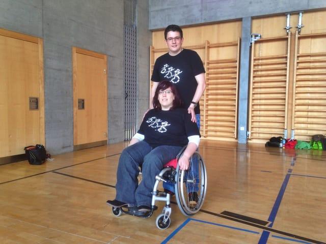 Einmal im Monat tanzen Yvonne und Dario mit der Gruppe Speedy Gon-CH-ales