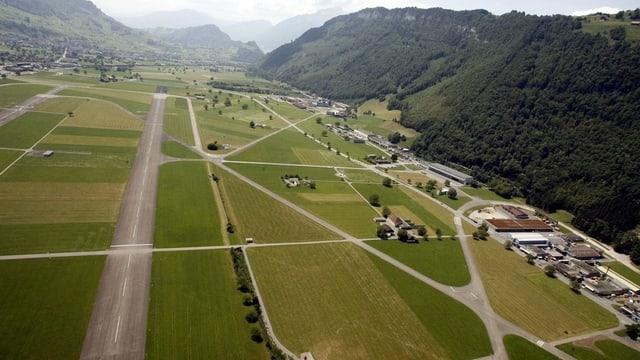 Der Flugplatz Buochs aus der Vogelperspektive