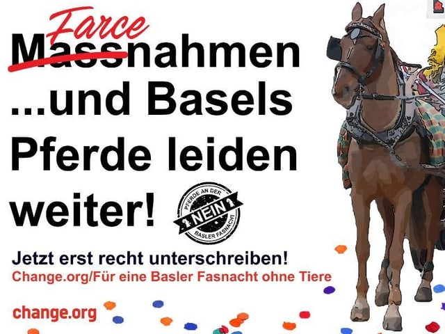 """Plakat mit der Aufschrift: """"Massnahmen und Masels Pferde leiden weiter"""". Wort Massnahmen durchgestrichen und mit Wort Farce überschrieben."""