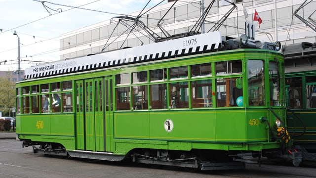 Oldtimer-Tram Tante «Schuggi»