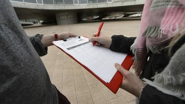 Nationale Unterschriftensammlung harzt