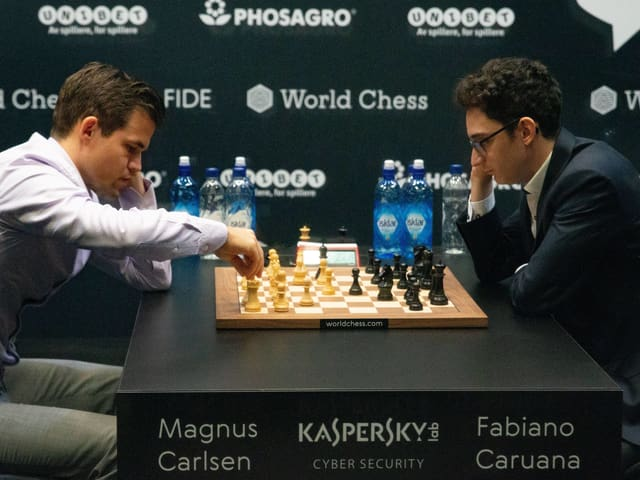 Carlsen und Caruana