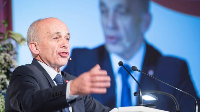 Ueli Maurer bei seiner Rede