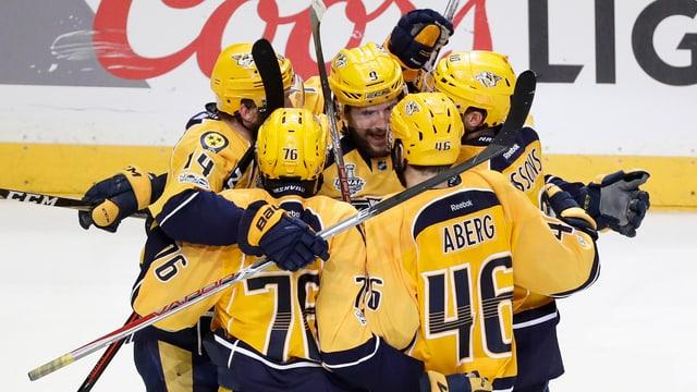 Ils Nashville Predators egualisescha la partida da final en il Stanley Cup.