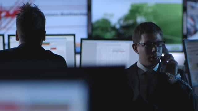 Video «28.02.13: Wie Finanzschwindler ungestraft Anleger ausnehmen» abspielen