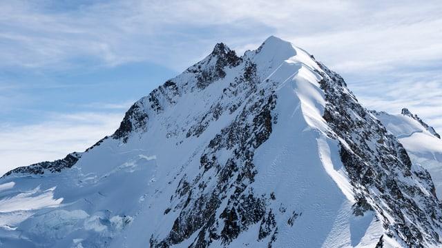 Der Piz Bernina (4049 Meter) ist der höchste Punkt des Kantons Graubünden und das erste Ziel von Mirasolo.