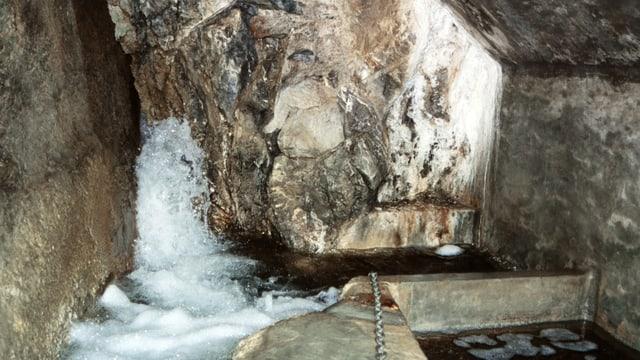 Blick in eine Quellwasserfassung