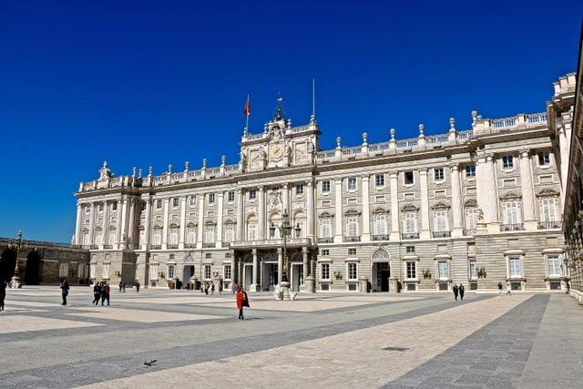 Blick auf den Känigspalast in Madrid