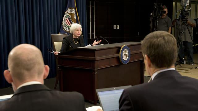 La schefa da la Banca federala americana Janet Yellen infurmescha las medias.