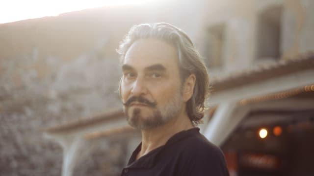Stephan Eicher liefert mit «Homeless Songs» ein unkonventionelles Werk ab.
