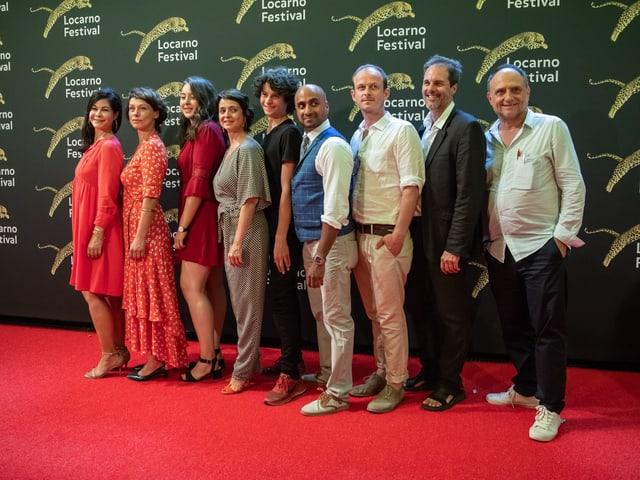 Ils acturs principals dal film ensemen cun il reschissur Christoph Schaub sin il tarpun cotschen dal Locarno Festival.