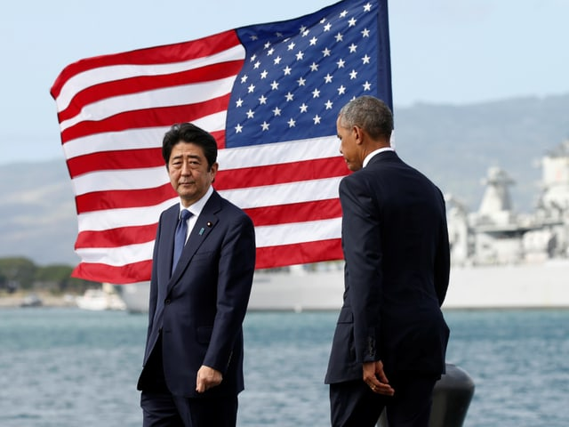 Abe und Obama in Pearl Harbor.