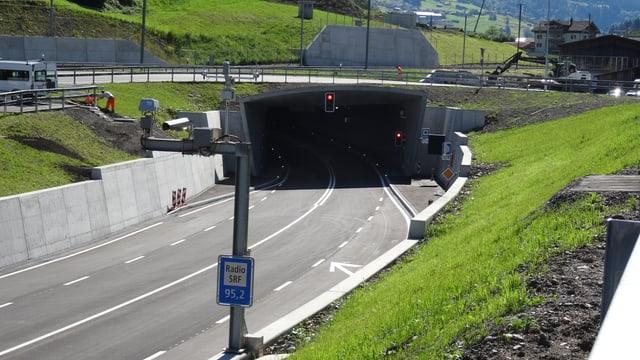 Il portal vest avant Küblis/Dalvazza.