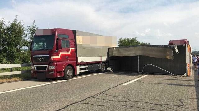 Umgekippter Lastwagen