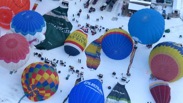 Impressionen vom Festival International de Ballons, Château d'Oex.