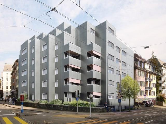 Die ganze Fassade besteht künftig aus Solarzellen.