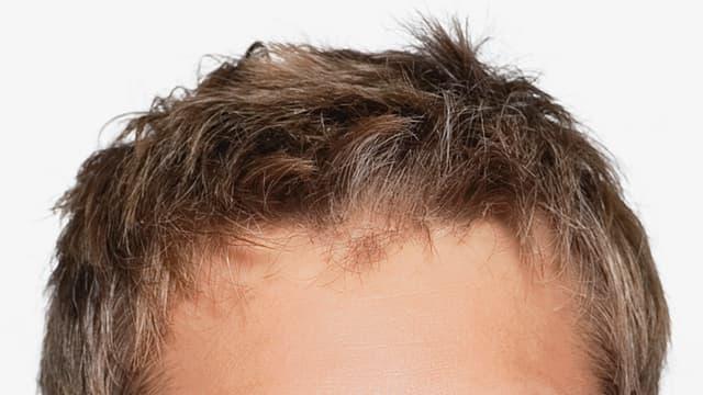 Frisur eines Moderators
