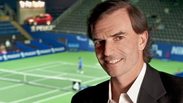 Heinz Günthardt kommentiert für SRF seit Jahren die Tennis-Übertragungen.