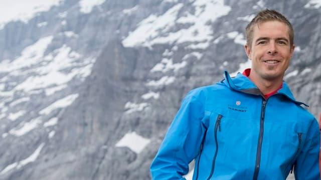 Daniel Arnold steht vor der Eigernordwand