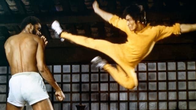 Kamklunstlegende Bruce Lee in Aktion.