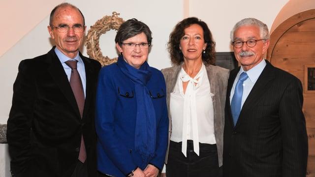 Duri Bezzola, Susanne, Oscar Knapp ed Elisabetta.