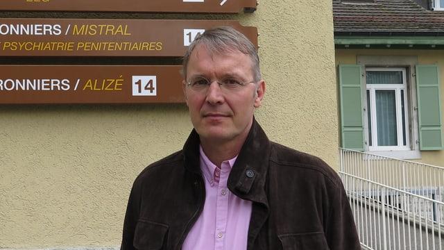 Hans Wolff.