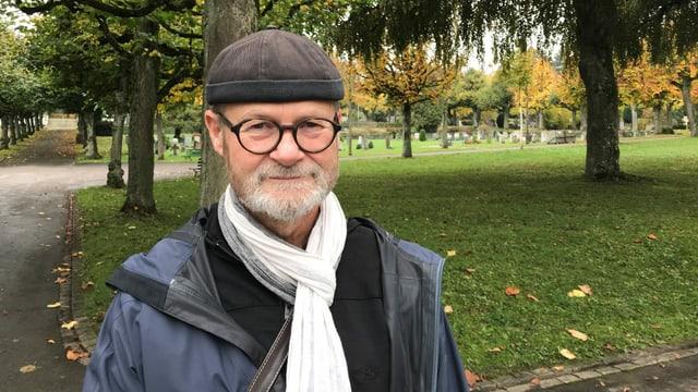 Porträt von Steinbildhauer Wyss im Schosshaldenfriedhof