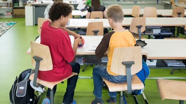 Schüler in einem Klassenzimmer (Symbolbild)