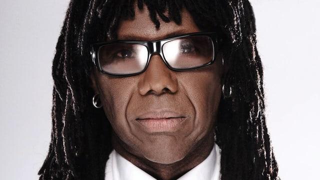 Video «Nile Rodgers - der Mega-Star im Hintergrund» abspielen