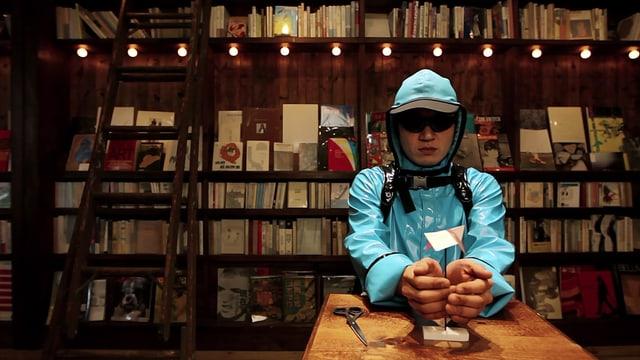 Video «Achtung! Experiment: Antrieb durch Körperwärme (35/52)» abspielen