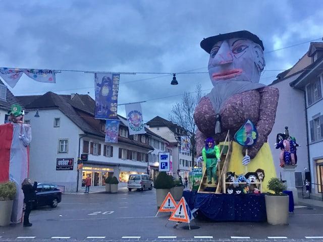 Chluri an der Dorfstrasse