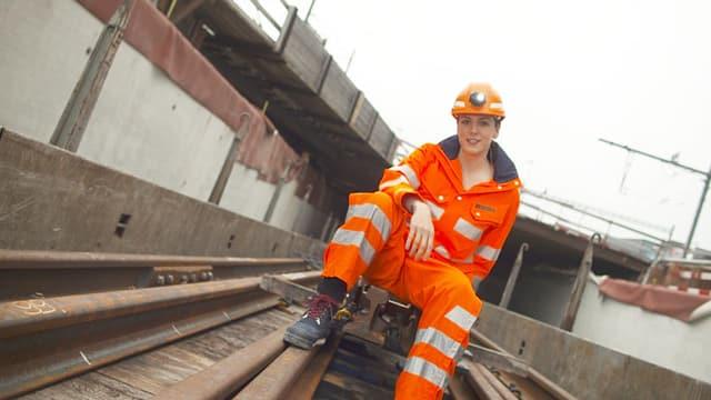Video «Mit Nina Mavis Brunner auf der Bahnhofsbaustelle» abspielen