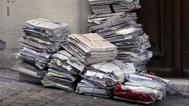 Viele Papierbündeli